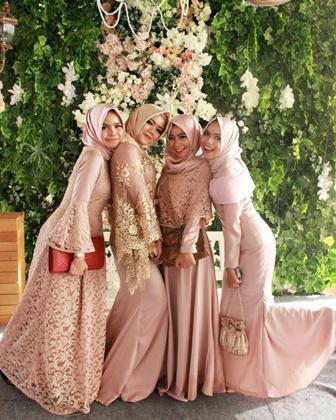 Model Gamis Untuk Pesta Pernikahan