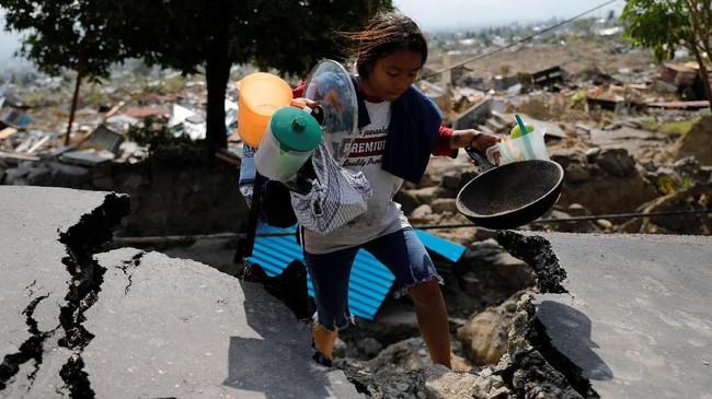 Foto Anak-Anak Korban Gempa Palu
