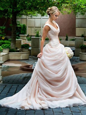 LANDYBRIDAL - suknie ślubne i na każdą okazję.