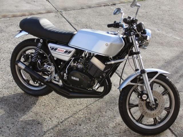 Yamaha RD400