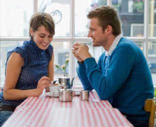 Cara Mengetahui Seseorang Menyukai Kita dari Tatapan Mata