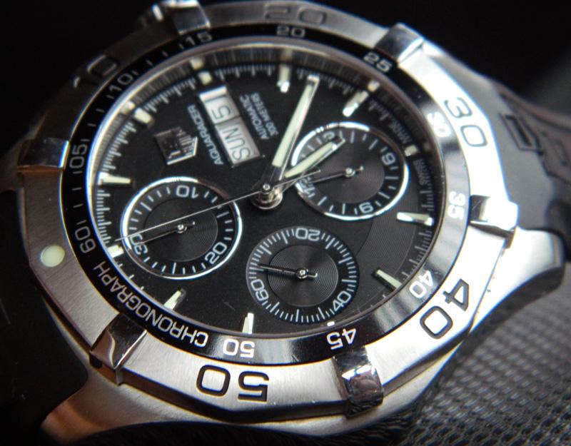 JAM - VINTAGE: SOLD : TAG HEUER AQUARACER CHRONOGRAPH AUTOMATIC Reff. CAF 2010 - TERAWAT SANGAT BAIK