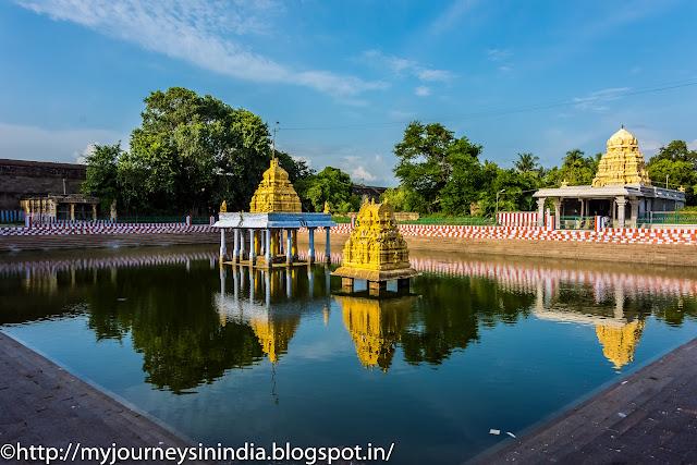 Kanchipuram Varadharaja Perumal Temple Tank