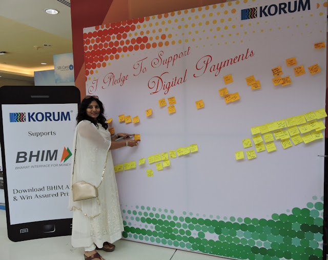 Dr. Gayatri Patankar supporting KORUM Mall's campaign to encourage Digital payments among customers