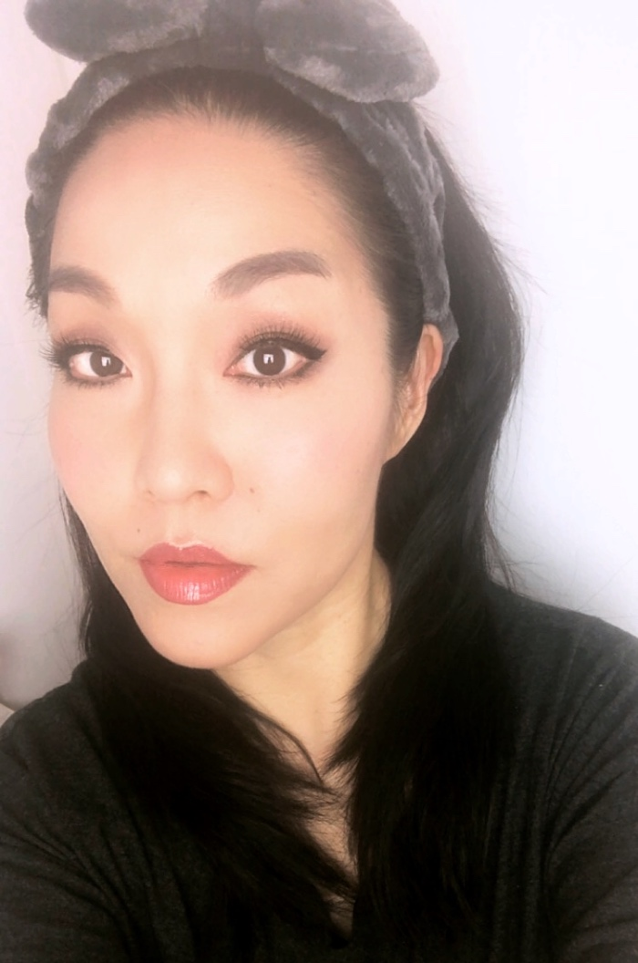 Asian contour makeup look