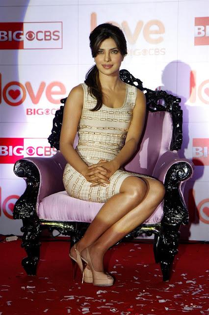 mini skirt for girls Priyanka Chopra