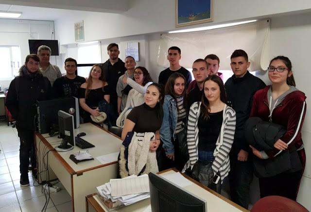 Μαθητές του 1ου Γενικού Λυκείου Ναυπλίου επισκέφτηκαν την ιστορική εφημερίδα «ΘΕΣΣΑΛΙΑ»