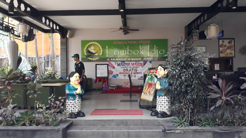 Makan Siang Di Rumah Makan Lombok Ijo Madiun Rumah Maya