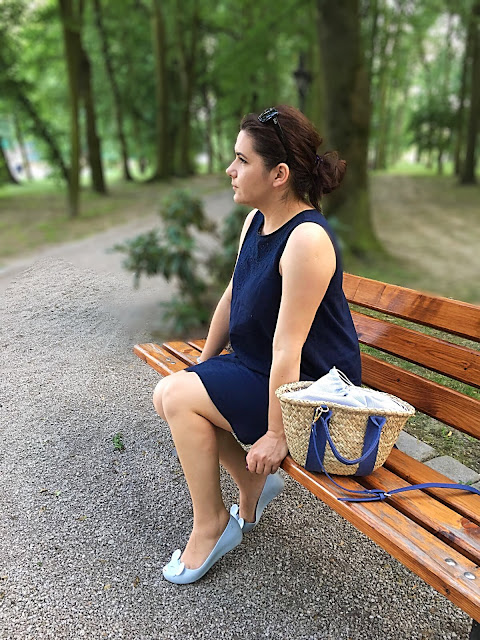 Navy dress - Look of the day (32)