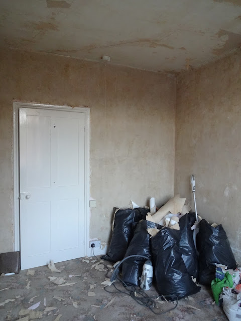 bedroom after wallpaper removal