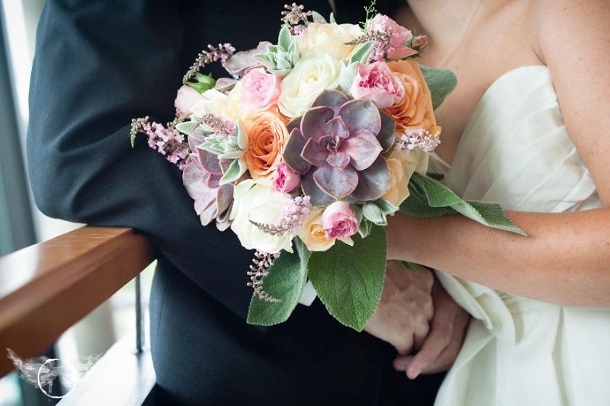Buket Bunga Pengantin_Bunga Pernikahan Cantik Dan Indah 201713