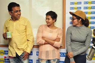 Hebah Patel Tejaswi Madivada Nanna Nenu Naa Boyfriends Movie Song Launch at BIG FM  0019.jpg