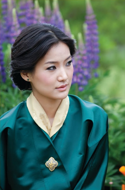Βασίλισσα Τζετσούν Πέμα, Μπουτάν