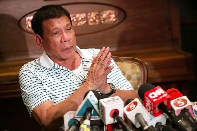 Duterte On Taxi Drivers Who Overcharge:  'I Am Ordering Police To Arrest Them For Estafa. That's A Crime.'