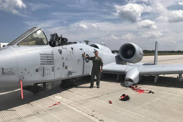 USAF A-10 emergency landing