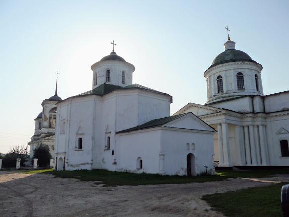 Ніжин. Церква святої Трійці. Михайлівська церква і церква Всіх Святих