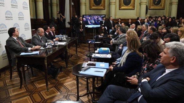 Senado argentino no logra dictamen para la Ley del Aborto
