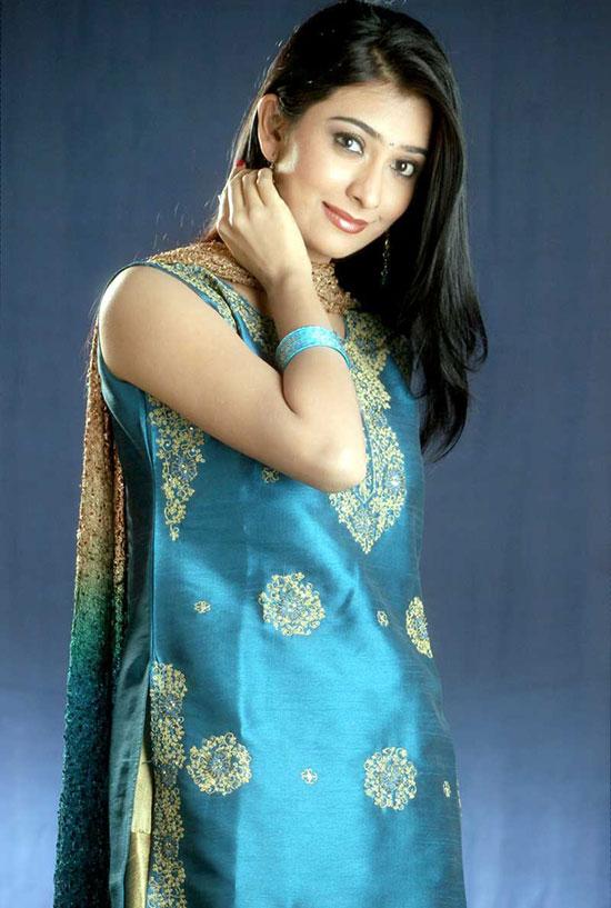 Radika apte actress bollywood - 1 10