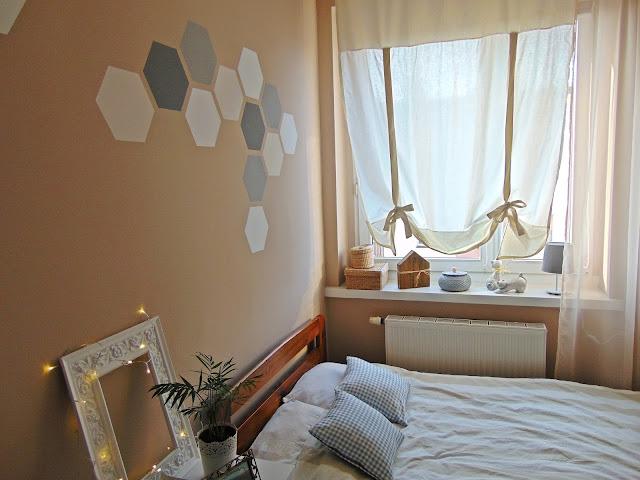jak namalować heksagony na ścianie