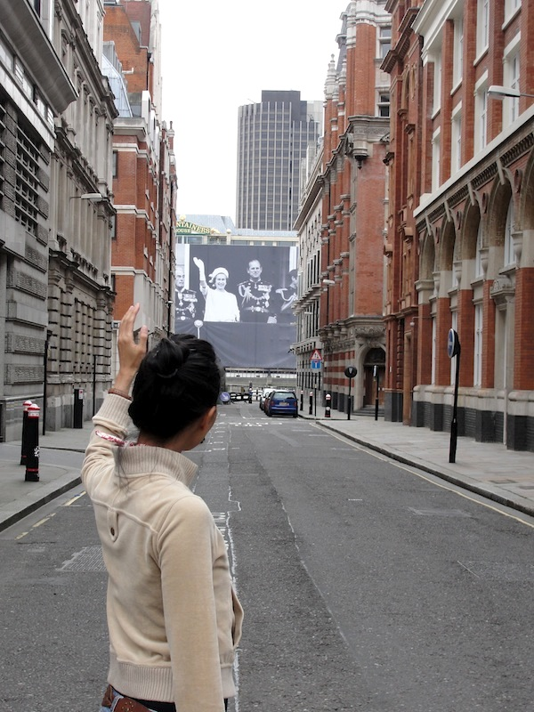 huge diamond jubilee poster of queen elizabeth along the river thames in downtown london