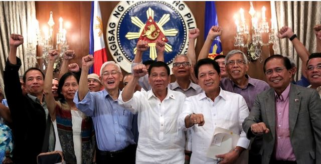 Why Is Duterte's Pledge To Peace Is Being Ignored And Mainstream Media Only Focuses On His Drug War? READ MORE!