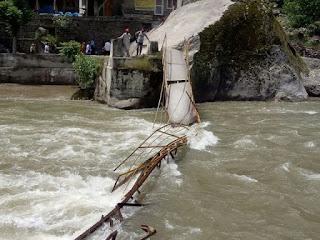 At least five dead, 12 missing after Pakistan bridge collapses
