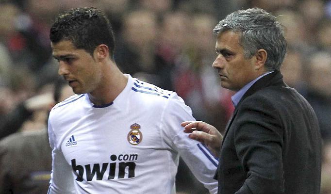 Ronaldo e Mourinho  De uma Bola de Ouro adquirida 408eee512f8fb