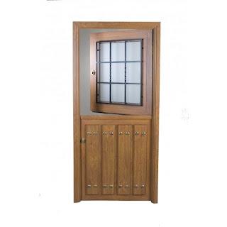 Puerta rustica partida con ventana