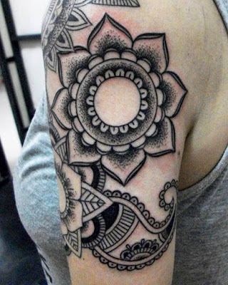 mandala-girl-tattoo