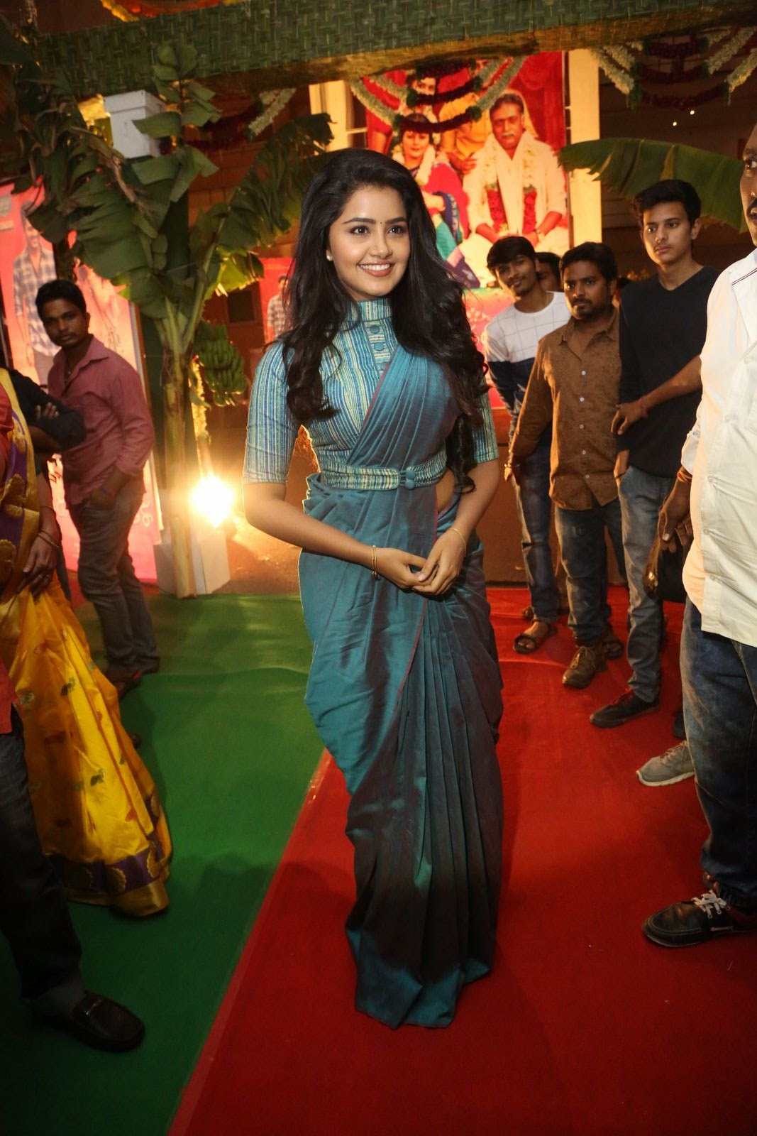 Anupama Parameswaran Photos Gallery