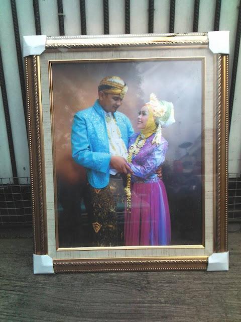 foto frame pernikahan