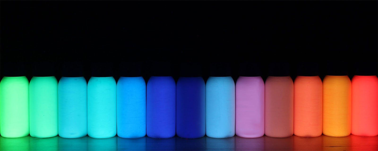 Glow In Dark And Uv Powder Paint
