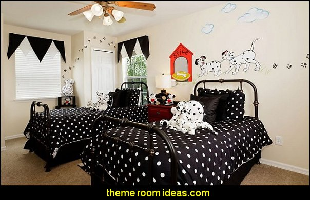 Dalmation Fire Dog -kids room  fire truck bedroom decor - Firefighter bedding - fireman bedding - fire truck bedroom decorating ideas - flames bedding - Fire Engine Beds - Fire truck bedrooms - dalmatian theme bedrooms