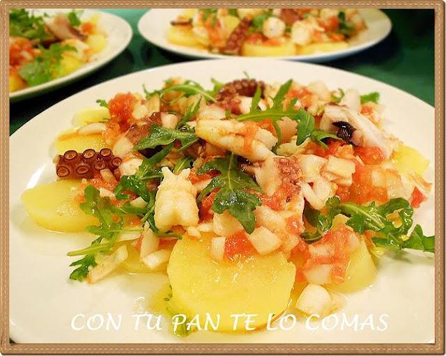 Ensalada de patatas, pulpo y gambones