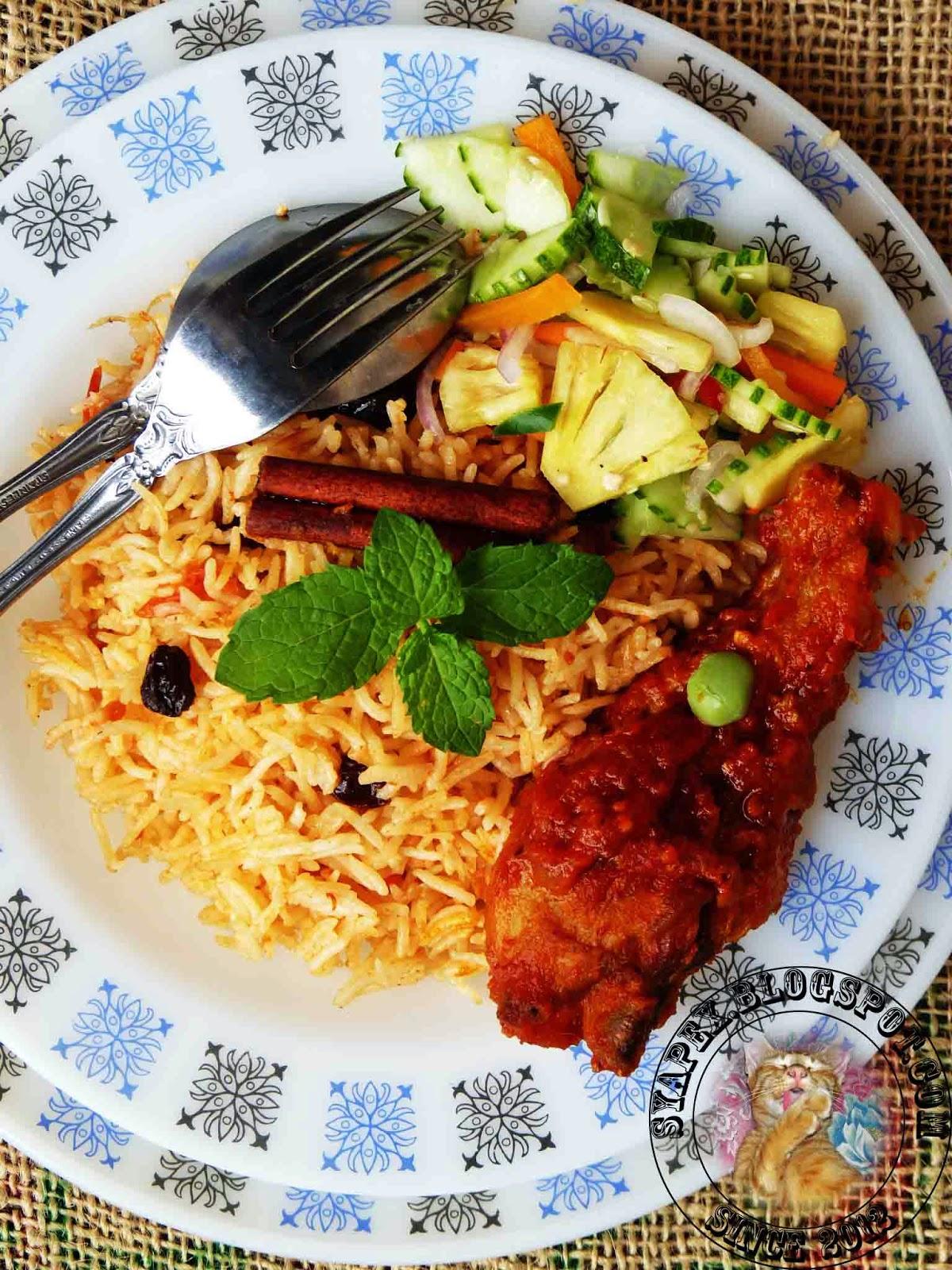 Nasi Tomato Ayam Masak Merah Dan Acar Timun Nenas