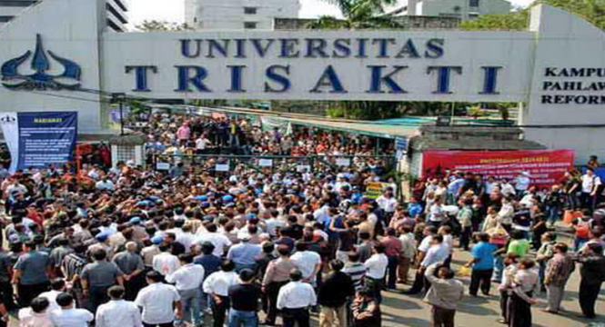 Kericuhan Warnai Pelantikan Pengurus Baru Yayasan Universitas Trisakti