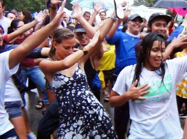 Gençlerin en çok mutlu olduğu ülkeler listesi