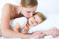 Castiga 1 card cadou eMAG Baby in valoare de 500 lei