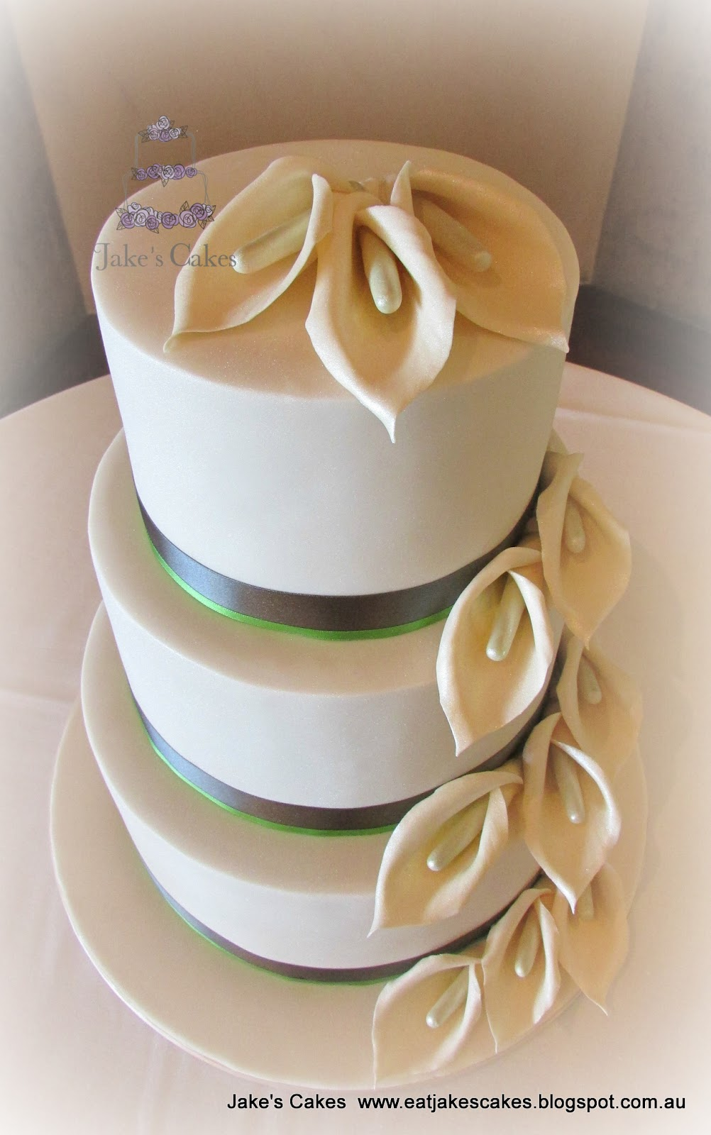 Jake s Cakes  Calla Lily Wedding Cake Calla Lily Wedding Cake
