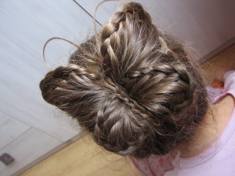 My Style My Life Fryzury Na Długie Włosy Dwa Koki