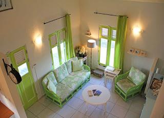 ห้องนั่งเล่นในบ้าน