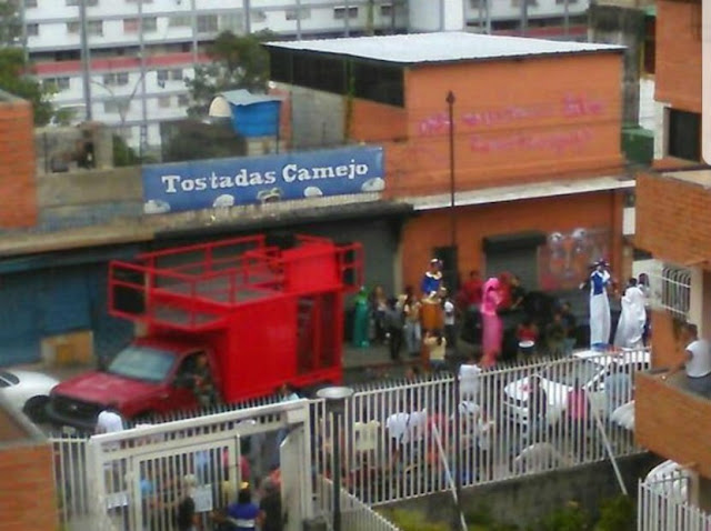Colectivos intentan invadir local comercial en Pedro Camejo