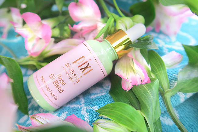 Sara is in Love with… blogger beauty Pixi review face skin care rose luxe oil rosehip sensitive skin nourishing secret skin treats tonic oil cream wash cleanser review test