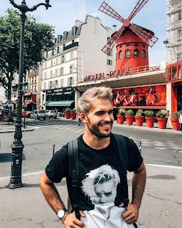 AlfonsoHerrero_H&M_Paris_MoulinRouge