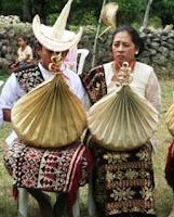 Pakaian Adat Nusa Tenggara Timur