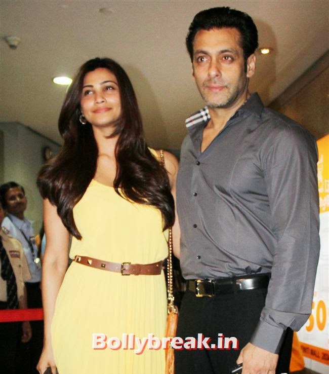 Daisy Shah and Salman Khan, Bollywood Celebs at Jai Ho Special Screening