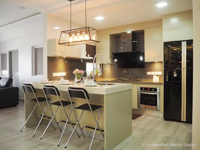 Modern Kitchen Design by Meridian Interior Design