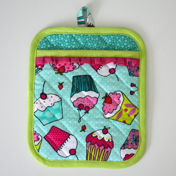 cozy birdhouse | potholder