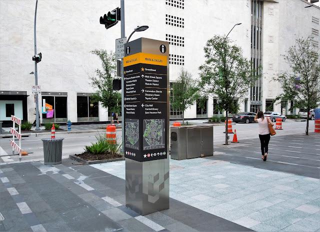 Main Street Corridor at Dallas St. - Downtown Houston TX 77002