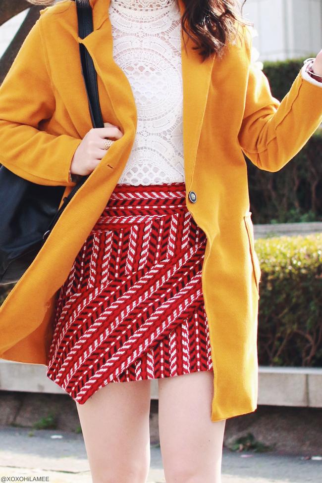 日本人ファッションブロガー,MizuhoK,20170320,今日のコーデ,CHOIES-イエロー薄手のコート,New dress-ホワイトかぎ編みレースブラウス,SheIn-ダークレッドアシンメトリーかぎ編み風刺繍のミニスカート,ZARA-ブラックレザーバックパック,Andreas Ingeman-赤いベルトの腕時計,SLY LANG-サイドカットバックルベルトショートブーツ,春のガーリーカジュアルスタイル